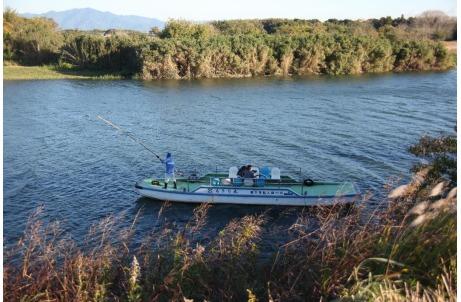 牛川の渡舟